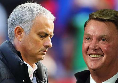 Mourinho te hon Van Gaal khi dan dat MU hinh anh