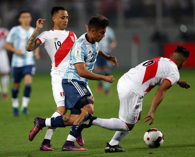 Thieu vang Messi, tuyen Argentina khong the thang Peru hinh anh 9