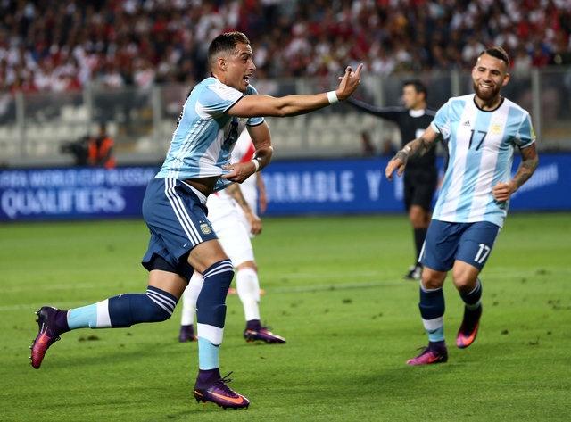 Thieu vang Messi, tuyen Argentina khong the thang Peru hinh anh 11