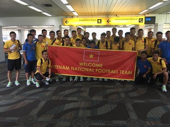 Tran Indonesia vs DT Viet Nam anh 6