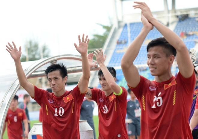Tran Indonesia vs DT Viet Nam anh 5