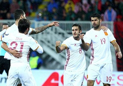 Costa giup Tay Ban Nha dan dau vong loai World Cup 2018 hinh anh