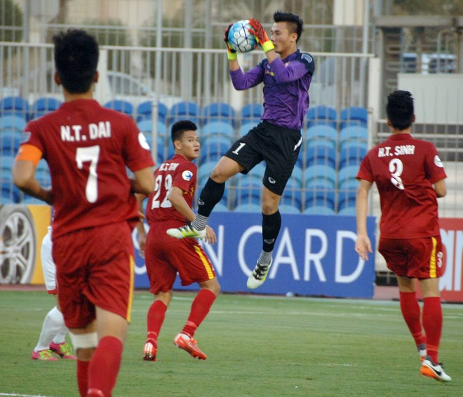 U19 Viet Nam hoa 1-1 truoc U19 UAE trong the tran mat nguoi hinh anh 15