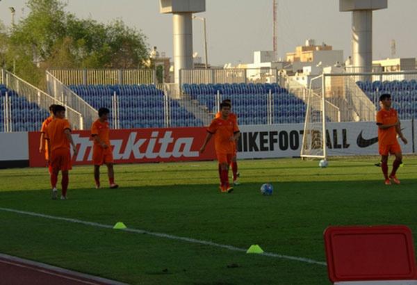 U19 Viet Nam hoa 1-1 truoc U19 UAE trong the tran mat nguoi hinh anh 9