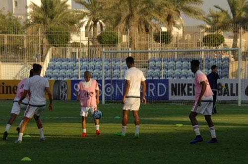 U19 Viet Nam hoa 1-1 truoc U19 UAE trong the tran mat nguoi hinh anh 10