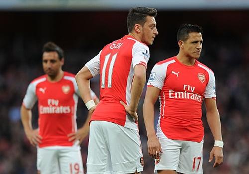 'Tham hoa cho Arsenal neu mat Oezil va Sanchez' hinh anh