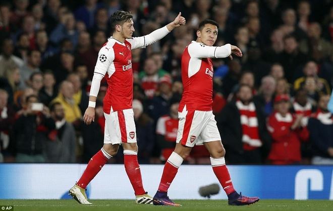 Arsenal khien Wenger kem vui trong ngay sinh nhat thu 67 hinh anh 2