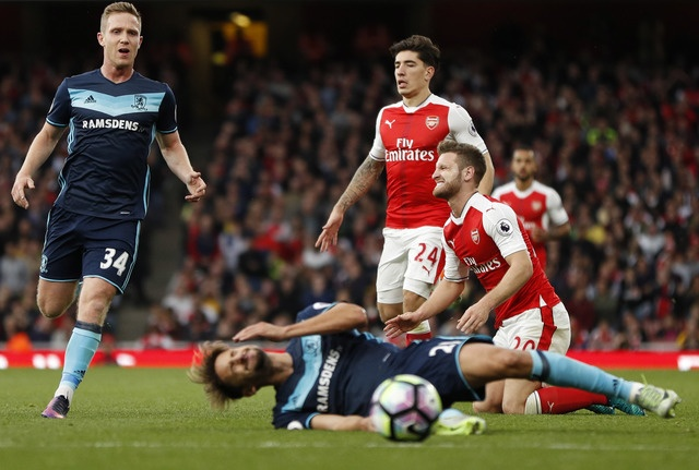 Arsenal khien Wenger kem vui trong ngay sinh nhat thu 67 hinh anh 30