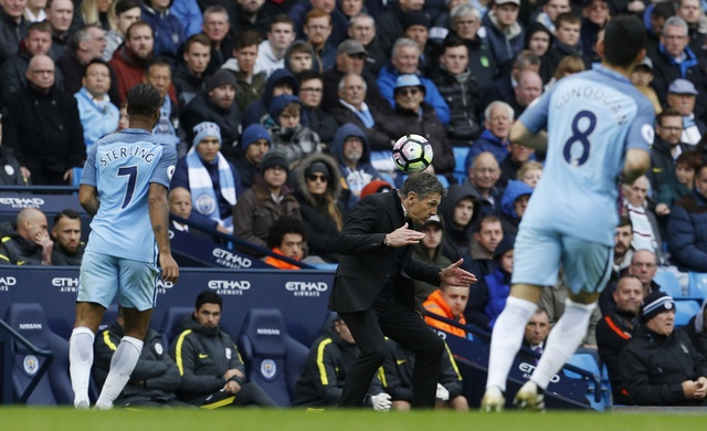 Guardiola tiec nuoi du Man City tro lai ngoi dau bang hinh anh 23