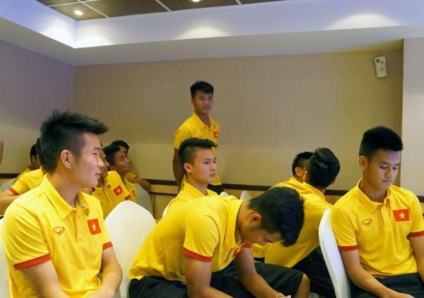 Tran U19 Bahrain vs U19 Viet Nam anh 4