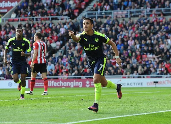 Giroud va Sanchez lap cu dup, Arsenal co tran thang 4-1 hinh anh 21