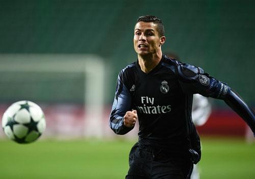 Ronaldo giup Bale lap ky luc o Champions League hinh anh