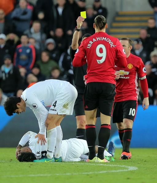 MU mat Ibrahimovic khi cham tran Arsenal hinh anh 1