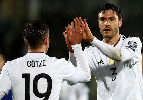 Thang San Marino 8-0, tuyen Duc xay chac ngoi dau hinh anh