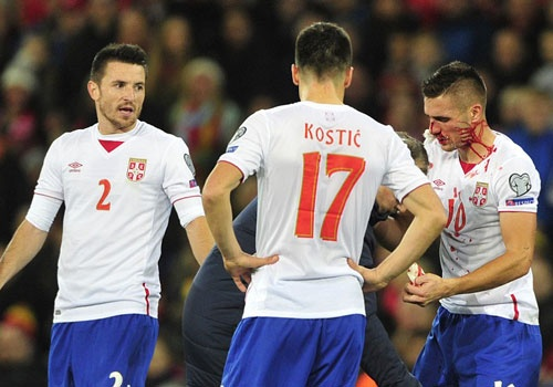 Bale ghi ban, DT xu Wales khien doi thu do mau hinh anh