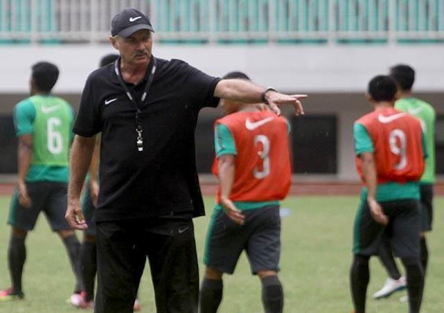 Tuyen Thai Lan thang Indonesia 4-2 nho hat-trick cua Dangda hinh anh 3