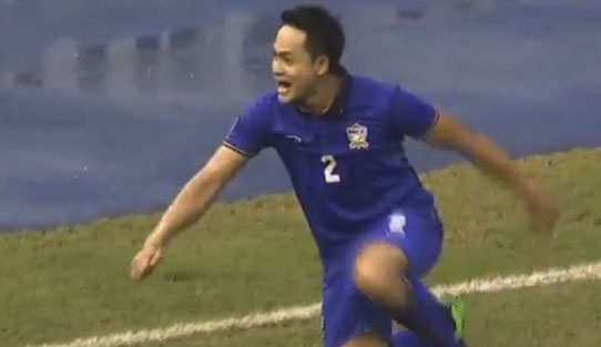 Tuyen Thai Lan thang Indonesia 4-2 nho hat-trick cua Dangda hinh anh 15
