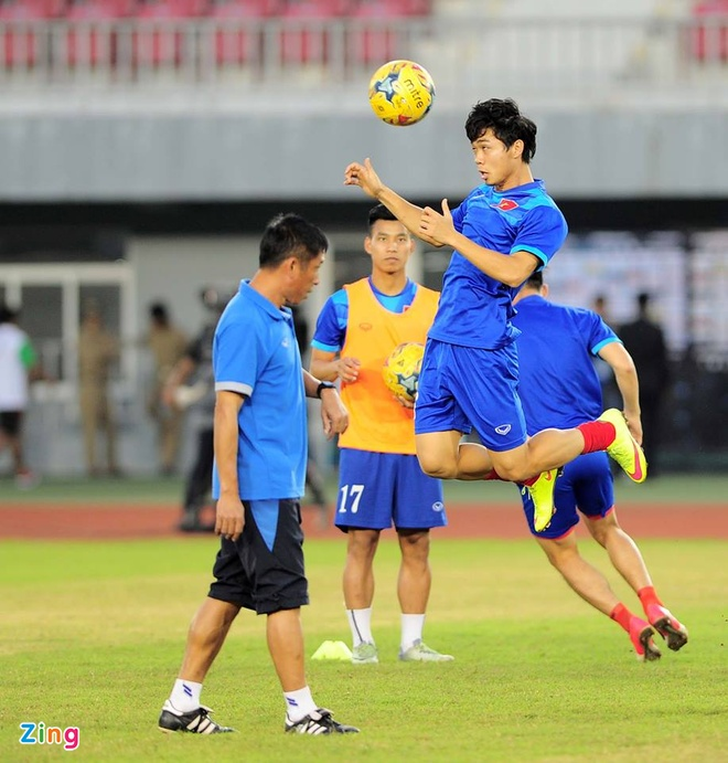 Viet Nam vao ban ket AFF Cup voi thanh tich toan thang hinh anh 22