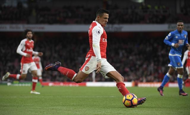 Arsenal 3-1 Bournemouth: Sanchez lap cu dup hinh anh 23