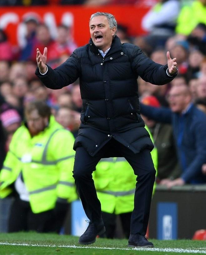 Arsenal 3-1 Bournemouth: Sanchez lap cu dup hinh anh 4