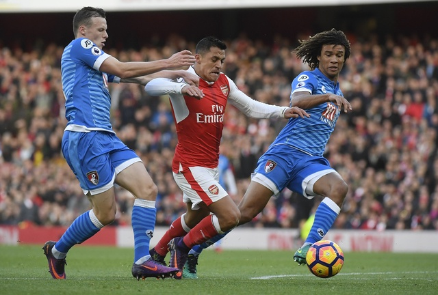 Arsenal 3-1 Bournemouth: Sanchez lap cu dup hinh anh 18
