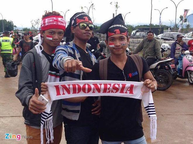 Tran Indonesia vs Viet Nam anh 9