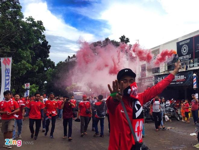 Tran Indonesia vs Viet Nam anh 10