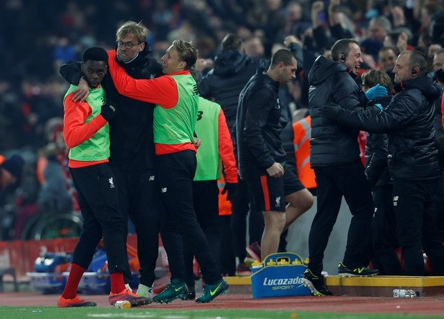 Tran Bournemouth vs Liverpool anh 3