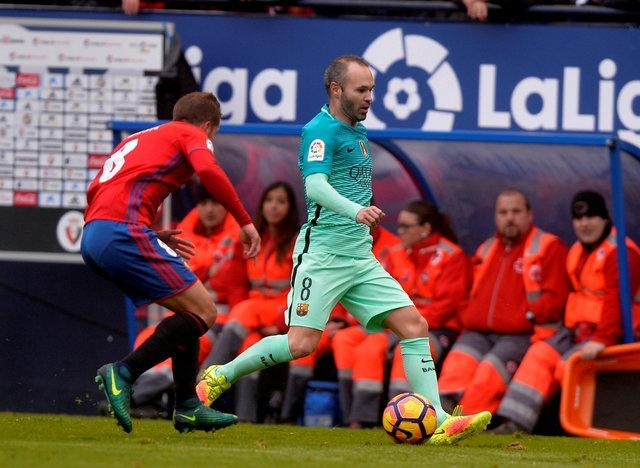 Osasuna 0-3 Barca: Messi lap cu dup ban thang hinh anh 12