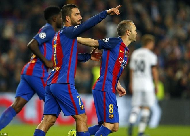 Osasuna 0-3 Barca: Messi lap cu dup ban thang hinh anh 5