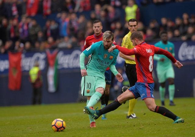 Osasuna 0-3 Barca: Messi lap cu dup ban thang hinh anh 15