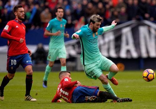 Osasuna 0-3 Barca: Messi lap cu dup ban thang hinh anh 14