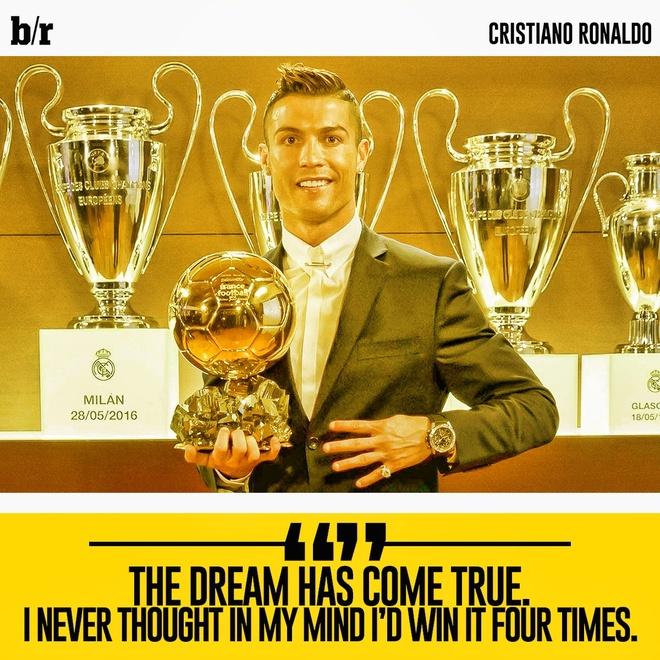 Cristiano Ronaldo khoe anh gianh Qua bong vang 2016 hinh anh 2
