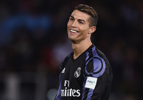 Ronaldo, Benzema dua Real vao chung ket FIFA Club World Cup hinh anh