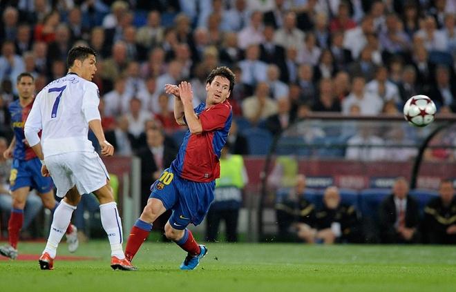 Khoanh khac kho quen cua Ronaldo va Messi anh 1