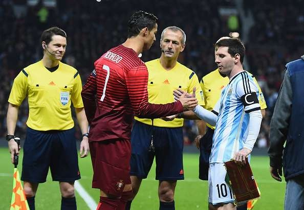 Khoanh khac kho quen cua Ronaldo va Messi anh 5