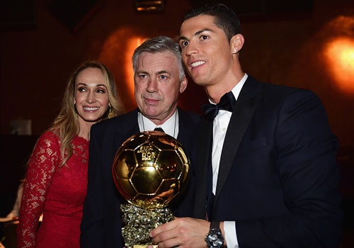 Ancelotti ung ho Ronaldo gianh them nhieu Qua bong vang hinh anh