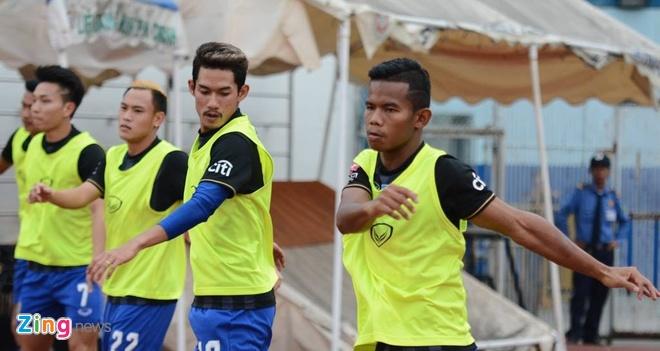Thang HAGL 1-0, U21 Thai Lan doat ve vao ban ket hinh anh 10