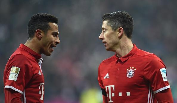 Bayern thang 3-0 truoc 'doi bong bi ghet nhat nuoc Duc' hinh anh 9