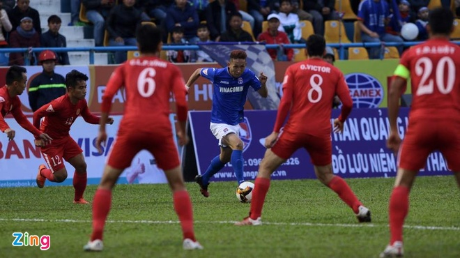 Tuong thuat CLB Quang Ninh vs CLB TP.HCM anh 19