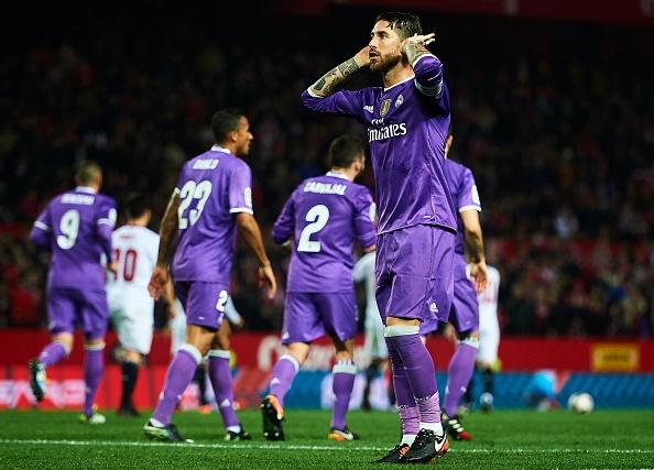 Zidane tuc gian khi Ramos bi ton thuong hinh anh 1