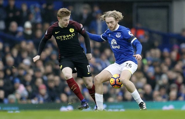 Everton 4-0 Man City: Doi bong cua Guardiola sup do hinh anh 19