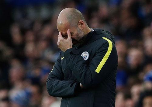 Everton 4-0 Man City: Doi bong cua Guardiola sup do hinh anh