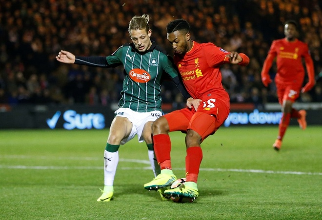 Tran Liverpool vs Swansea anh 3