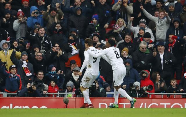 Tran Liverpool vs Swansea anh 18