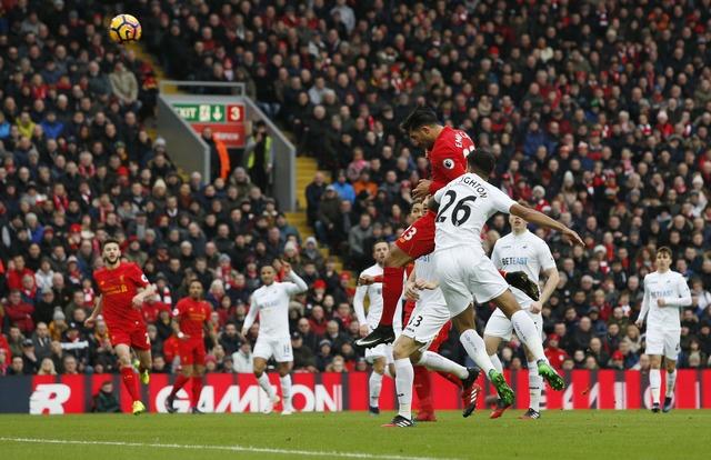 Tran Liverpool vs Swansea anh 14
