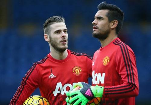 Mourinho tuyen bo khong ban De Gea va Romero hinh anh 1