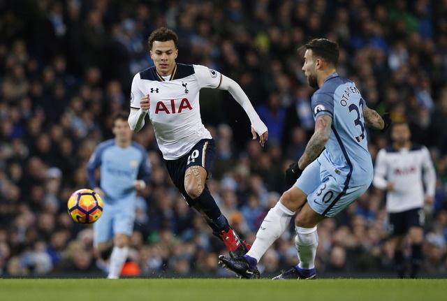Dan truoc 2 ban, Man City van khong the thang Tottenham hinh anh 22