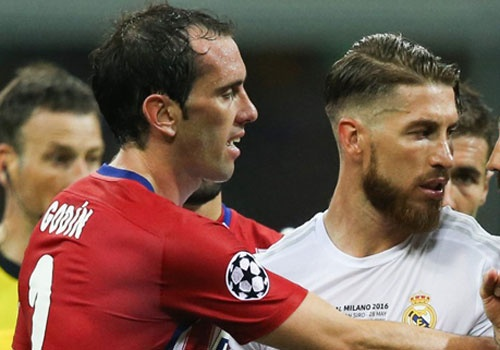 5 hau ve tung khien Ronaldo mat hut tren san hinh anh