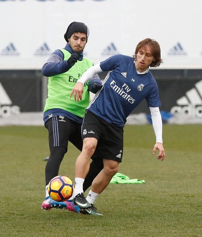 Real don Modric va Gareth Bale tro lai anh 5